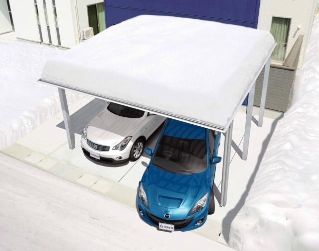 積雪の脅威からカーポートを守るのもサポート柱